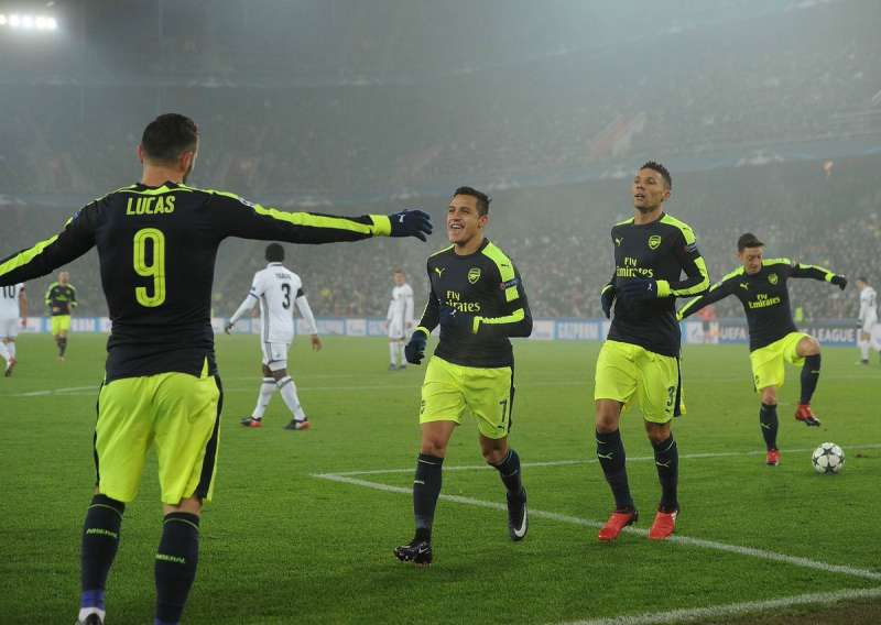 Arsenal top the group