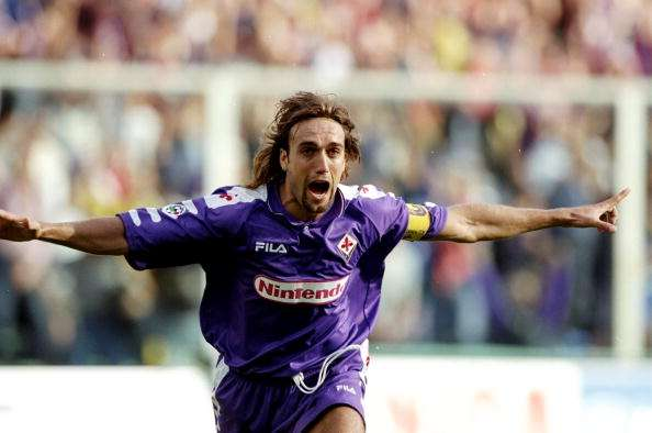 12 Sep 1998:  Gabriel Batistuta of Fiorentina celebrates during the Serie A match against Empoli at the Stadio Communale in Florence, Italy. \ Mandatory Credit: Allsport UK /Allsport