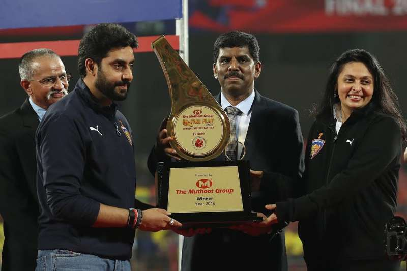 Fair Play Award 2020 Ipl.Isl 2016 Chennaiyin Fc Wins The Muthoot Group Fair Play Award