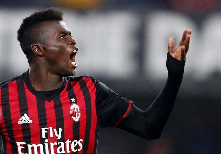 Watford sign Milan forward Niang on loan