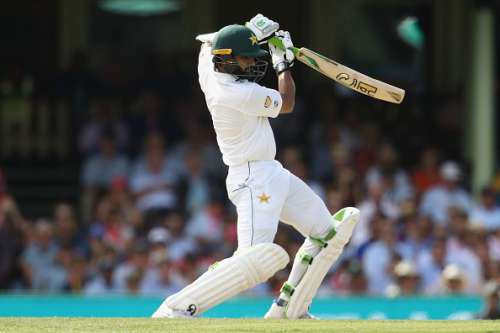 SYDNEY, AUSTRALIA - JANUARY 04:  Azhar Ali of Pakistan bats during day two of the Third Test match between Australia and Pakistan at Sydney Cricket Ground on January 4, 2017 in Sydney, Australia.  (Photo by Mark Kolbe/Getty Images)
