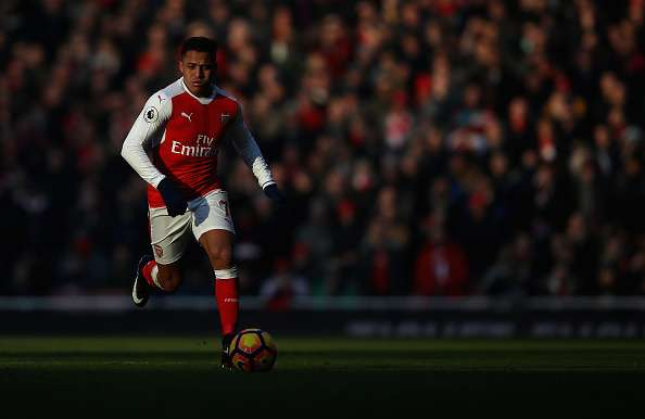 LONDON, ENGLAND - JANUARY 22:  Alexis Sanchez of Arsenal in action during the Premier League match between Arsenal and Burnley at Emirates Stadium on January 22, 2017 in London, England.  (Photo by Julian Finney/Getty Images)