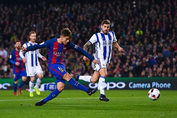 BARCELONA, SPAIN - JANUARY 26: Denis Suarez of FC Barcelona scores the opening goal during the Copa del Rey quarter-final second leg match between FC Barcelona and Real Sociedad at Camp Nou on January 26, 2017 in Barcelona, Spain.  (Photo by David Ramos/Getty Images)