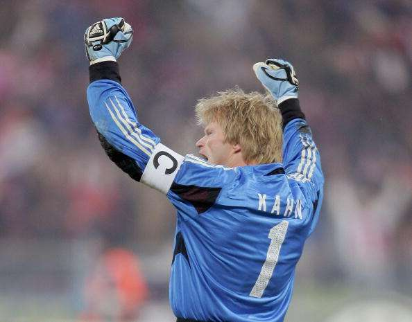 MUNICH, GERMANY - FEBRUARY 22:  Oliver Kahn of Munich celebrates a goal during the Champions League second round, first leg match between Bayern Munich and Arsenal at the Olympic Stadium on February 22, 2005 in Munich, Germany.  (Photo by Stuart Franklin/Getty Images)
