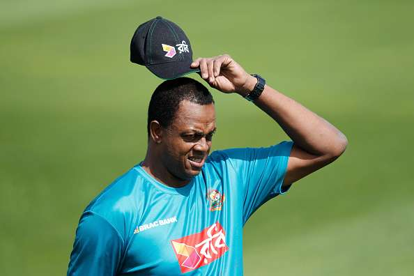 Image result for Courtney Walsh Bangladesh coach