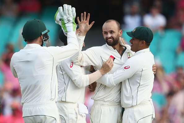 SYDNEY, AUSTRALIA - JANUARY 05:  Nathan Lyon of Australia celebrates with his team mates after taking the wicket of Wahab Riaz of Pakistan during day three of the Third Test match between Australia and Pakistan at Sydney Cricket Ground on January 5, 2017 in Sydney, Australia.  (Photo by Mark Kolbe/Getty Images)