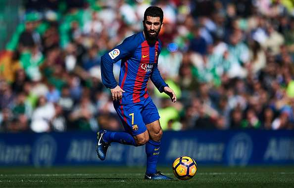 633017340-arda-turan-of-fc-barcelona-in-action-during-gettyimages-1486786873-800.jpg