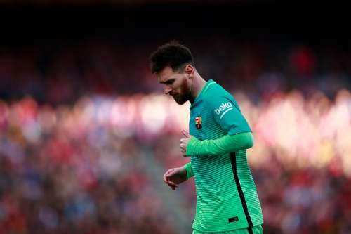 MADRID, SPAIN - FEBRUARY 26: Lionel Messi of FC Barcelona runs during the La Liga match between Club Atletico de Madrid and FC Barcelona at Vicente Calderon Stadium on February 26, 2017 in Madrid, Spain.  (Photo by Gonzalo Arroyo Moreno/Getty Images)