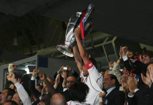ATHENS, GREECE - MAY 23:  Milan captain, Paolo Maldini lifts the trophy following his teams 2-1 victory during the UEFA Champions League Final match between Liverpool and AC Milan at the Olympic Stadium on May 23, 2007 in Athens, Greece.  (Photo by Alex Livesey/Getty Images)