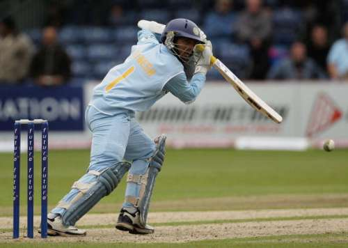 BELFAST, UNITED KINGDOM - JUNE 29:  Dinesh Karthik of India runs the ball to third man during the second One Day International match between South Africa and India at the Civil Service Cricket Club in Stormont on June 29, 2007 in Belfast, Northern Ireland.  (Photo by Hamish Blair/Getty Images)
