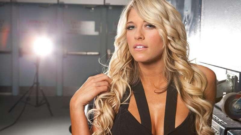 Kelly Kelly (WWE) nude 922
