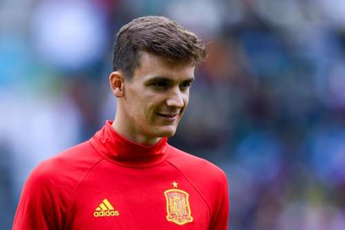 MADRID, SPAIN - APRIL 01: Diego Llorente of Rayo Vallecano de Madrid looks on during the La Liga match between Rayo Vallecano and Getafe CF at Estadio de Vallecas on April 1, 2016 in Madrid, Spain. (Photo by Denis Doyle/Getty Images)