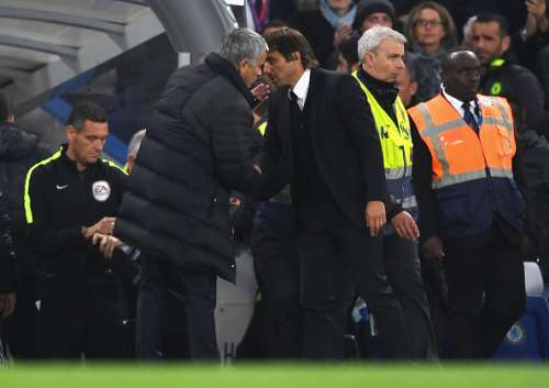 LONDON, ENGLAND - OCTOBER 23:  Chelsea manager Antonio Conte and Manchester United manager Jose Mourinho exchange words at the end of the Premier League match between Chelsea and Manchester United at Stamford Bridge on October 23, 2016 in London, England.  (Photo by Shaun Botterill/Getty Images)