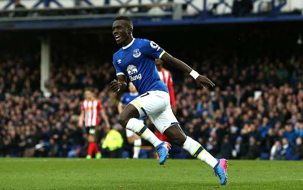 LIVERPOOL, ENGLAND - FEBRUARY 25: Idrissa Gueye of Everton celebrates scoring his sides first goal during the Premier League match between Everton and Sunderland at Goodison Park on February 25, 2017 in Liverpool, England.  (Photo by Jan Kruger/Getty Images)