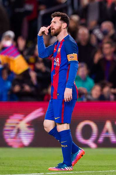Why Lionel Messi celebrated with a phone call gesture ea2499e71fea3