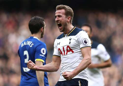 LONDON, ENGLAND - MARCH 05:  Harry Kane of Tottenham Hotspur celebrates after scoring his sides first goal during the Premier League match between Tottenham Hotspur and Everton at White Hart Lane on March 5, 2017 in London, England.  (Photo by Julian Finney/Getty Images)
