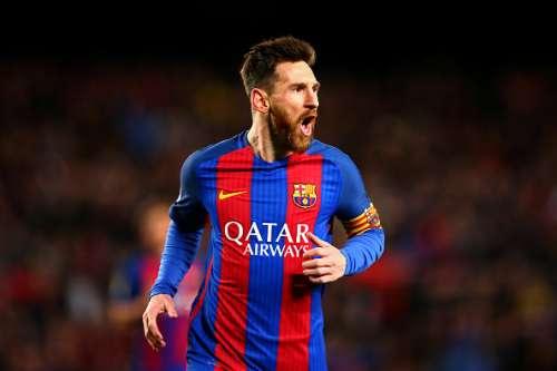 Lionel Messi celebrates after Barcelona's win against PSG