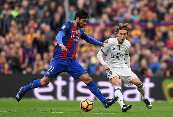 Luka Modric Real Madrid Barcelona.jpg