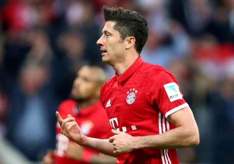 Football Soccer - Bayern Munich v Borussia Dortmund - Bundesliga - Allianz Arena, Munich, Germany - 8/4/17 Bayern Munich