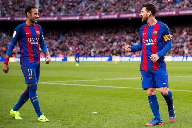 BARCELONA, SPAIN - FEBRUARY 04:  Lionel Messi (R) of FC Barcelona celebrates with his teammate Neymar Santos Jr after scoring his team