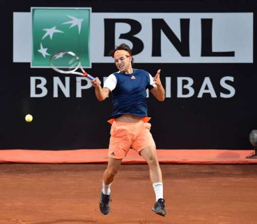 ROME, ITALY - MAY 20:  Dominic Thiem of Austria in action during the men's semi-final match between Dominic Thiem of Austria and Novak Djokovic of Serbia during The Internazionali BNL d'Italia 2017 - Day Seven at Foro Italico on May 20, 2017 in Rome, Italy.  (Photo by Giuseppe Bellini/Getty Images)