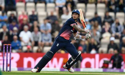 SOUTHAMPTON, ENGLAND - MAY 27:  England batsman Aalex Hales hits out during the 2nd Royal London One Day International between England and South Africa at The Ageas Bowl on May 27, 2017 in Southampton, England.  (Photo by Stu Forster/Getty Images)