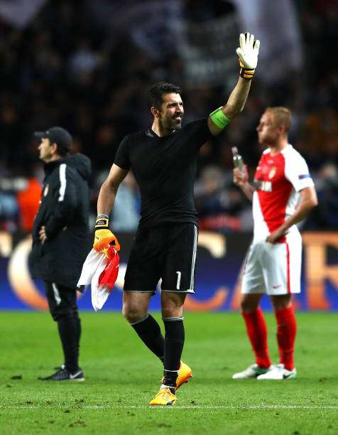 MONACO - MAY 03: Gianluigi Buffon of Juventus celebrates after the full time whistle during the UEFA Champions League Semi Final first leg match between AS Monaco v Juventus at Stade Louis II on May 3, 2017 in Monaco, Monaco.  (Photo by Michael Steele/Getty Images)