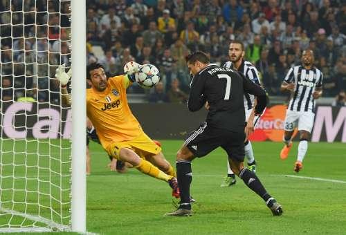Gianluigi Buffon Ronaldo