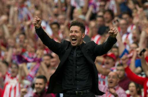 MADRID, SPAIN - MAY 21:  Head coach Diego Simeone of Club Atletico de Madrid celebrates his team's 3rd goal during the La Liga match between Club Atletico de Madrid and Athletic Club Bilbao at Vicente Calderon stadium on May 21, 2017 in Madrid, Spain.  (Photo by Denis Doyle/Getty Images)