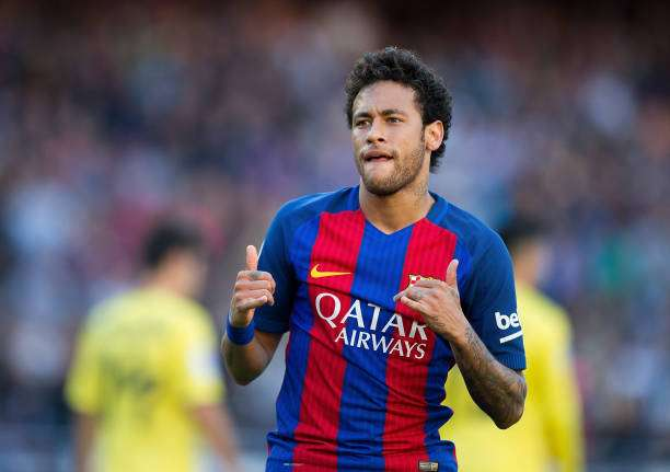BARCELONA, SPAIN - MAY 06:  Neymar of FC Barcelona celebrates after scoring his team