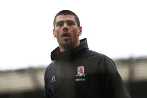 MIDDLESBROUGH, ENGLAND - MARCH 11: Victor Valdes of Middlesbrough looks on while warming up prior to The Emirates FA Cup Quarter-Final match between Middlesbrough and Manchester City at Riverside Stadium on March 11, 2017 in Middlesbrough, England.  (Photo by Ian MacNicol/Getty Images)