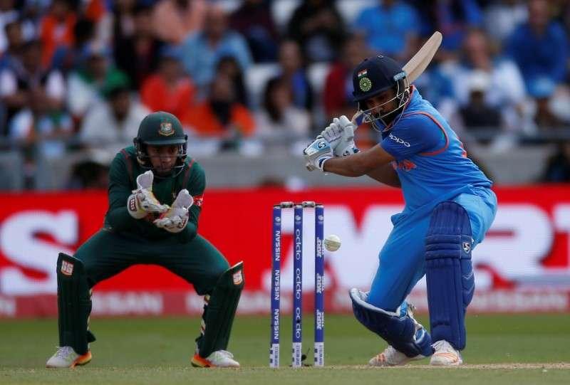 channal playing smart cricket - 800×541