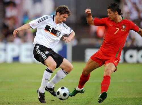 Arne Friedrich vs Cristiano Ronaldo