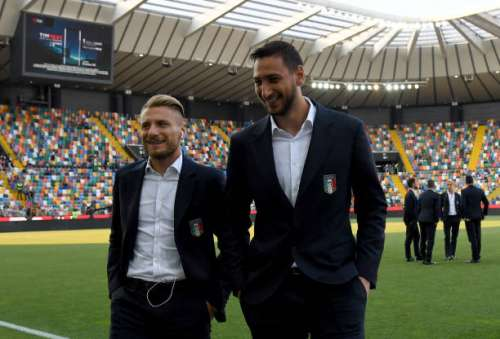 UDINE, ITALY - JUNE 11:  Ciro Immobile (L) and Gianluigi Donnarumma of Italy look on prior to the FIFA 2018 World Cup Qualifier between Italy and Liechtenstein at Stadio Friuli on June 11, 2017 in Udine, Italy.  (Photo by Claudio Villa/Getty Images)