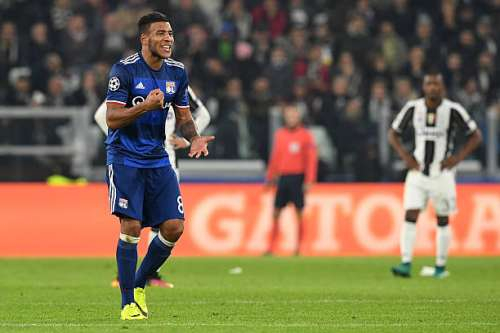 TURIN, ITALY - NOVEMBER 02:  Corentin Tolisso of Olympique Lyonnais celebrates his goal during the UEFA Champions League Group H match between Juventus and Olympique Lyonnais at Juventus Stadium on November 2, 2016 in Turin, Italy.  (Photo by Valerio Pennicino/Getty Images)