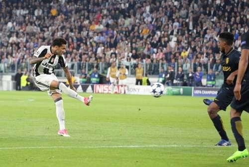 Dani Alves Juventus Champions League