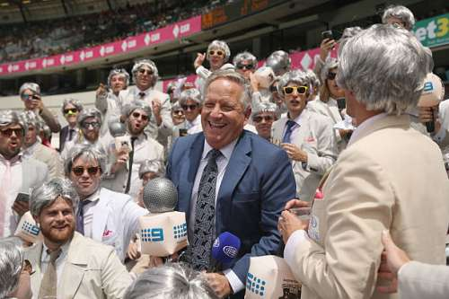 SYDNEY, AUSTRALIA - JANUARY 04:  Former Australian cricketer and current commentator Ian Healy poses with 'The Richies' a group of supporters dressed up as former Australian cricket captain and commentator Richie Benaud sing during day two of the Third Test match between Australia and Pakistan at Sydney Cricket Ground on January 4, 2017 in Sydney, Australia.  (Photo by Mark Kolbe/Getty Images)
