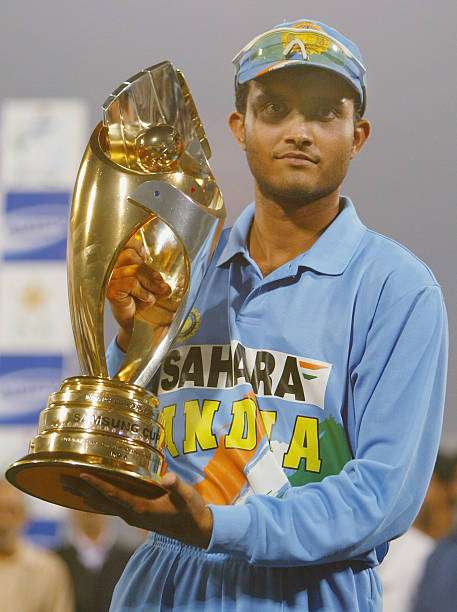 LAHORE, PAKISTAN - MARCH 24 : Indian captain Sourav Ganguly holds the winners trophy aloft after the fifth Pakistan v India one-day international match played at the Gadaffi Stadium on March 24, 2004 in Lahore, Pakistan. India won the match by 40 runs to win the series 3-2. (Photo by Scott Barbour/Getty Images)