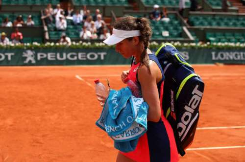 PARIS, FRANCE - MAY 30:  Johanna Konta of Great Britain walks off court following defeat in the first round match against Su-Wei Hsieh of Taipei on day three of the 2017 French Open at Roland Garros on May 30, 2017 in Paris, France.  (Photo by Clive Brunskill/Getty Images)