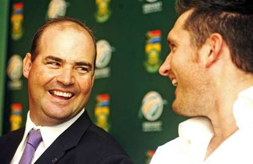 EAST LONDON, SOUTH AFRICA - JANUARY 27: Mickey Arthur (L) and Graeme Smith during the South African Cricket press conference session at the Hemingways Casino on January 27, 2010 in East London, South Africa. Cricket South Africa (CSA) has announced that Proteas coach Mickey Arthur has resigned with immediate effect and has confirmed CSA High Performance Manager, Corrie van Zyl, as the interim coach. (Photo by Gallo Images / Getty Images)
