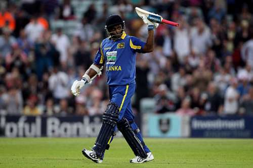 LONDON, ENGLAND - JUNE 28:  Sanath Jayasuriya of Sri Lanka leaves the pitch as he is dismissed during the first Natwest One Day International between England and Sri Lanka at The Kia Oval on June 28, 2011 in London, United Kingdom. Today will be Jayasuriyas final match for Sri Lanka.  (Photo by Tom Shaw/Getty Images)