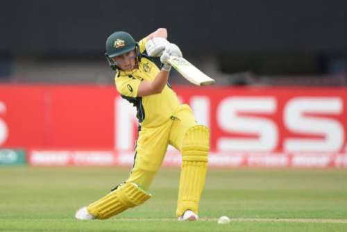 LEICESTER, ENGLAND - JULY 05: Alyssa Healy of Australia batting during the ICC Women's World Cup 2017 match between Pakistan and Australia at Grace Road on July 5, 2017 in Leicester, England. (Photo by Nathan Stirk/Getty Images)