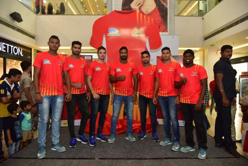 Gujarat FortuneGiants connect with the home crowd at Ahmedabad One