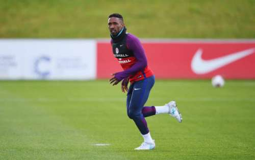 BURTON-UPON-TRENT, ENGLAND - JUNE 06:  Jermain Defoe sprints during a training session as part of England media access at St George's Park on June 6, 2017 in Burton-upon-Trent, England.  (Photo by Laurence Griffiths/Getty Images)