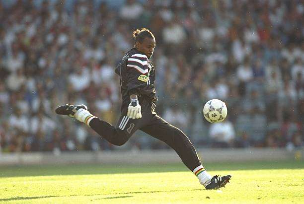 15 Jun 1996:  Bernard Lama of France in action during the European Championship match against Spain at Elland Road in Leeds, England. The match ended in a 1-1 draw. \ Mandatory Credit: Simon  Bruty/Allsport