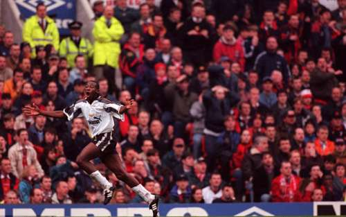 Paulo Wanchope Premier League debut against Manchester United for Derby County