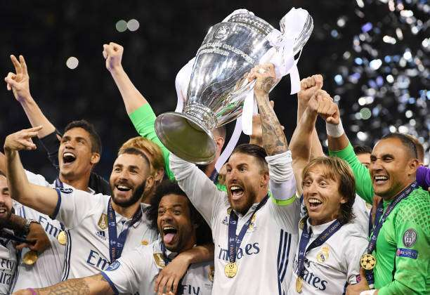 CARDIFF, WALES - JUNE 03:  Sergio Ramos of Real Madrid lifts The Champions League trophy after the UEFA Champions League Final between Juventus and Real Madrid at National Stadium of Wales on June 3, 2017 in Cardiff, Wales.  (Photo by Matthias Hangst/Getty Images)