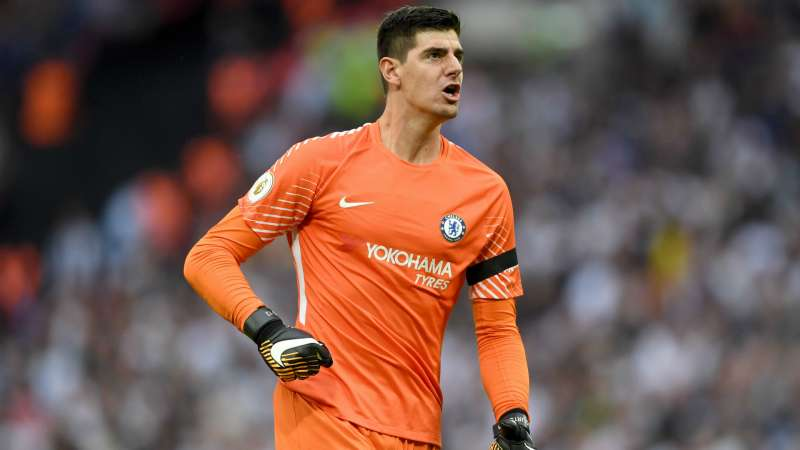 Courtois takes swipe at Tottenham fans after Chelsea win ...