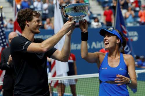 Tennis - US Open - Mixed Doubles Final - New York, U.S. - September 9, 2017 - Champions Martina Hingis of Switzerland and Jamie Murray of England hold trophy after defeating Hao-Ching Chan of Taiwan and Michael Venus of New Zealand. REUTERS/Andrew Kelly