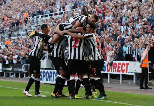 Soccer Football - Premier League - Newcastle United vs West Ham United - Newcastle, Britain - August 26, 2017 Newcastle United's Ciaran Clark celebrates with team mates after scoring their second goal REUTERS/Scott Heppell/Files